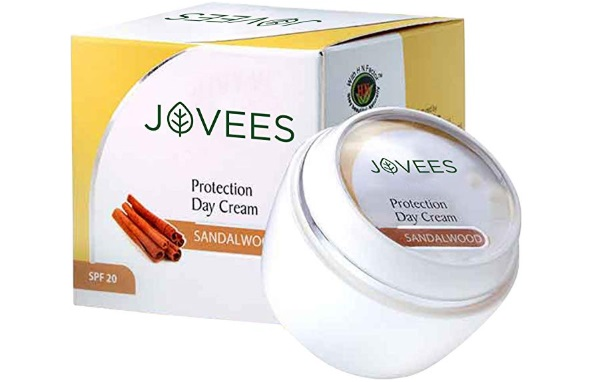 Jovees Sandalwood Protection Day Cream SPF-20