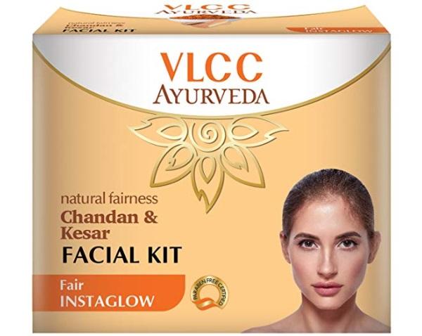 VLCC Ayurveda Natural Fairness Chandan and Kesar Facial Kit