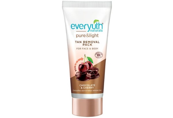 Everyuth Naturals Chocolate and Cherry Tan Removal Scrub