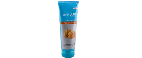 Everyuth Naturals Exfoliating Walnut Scrub