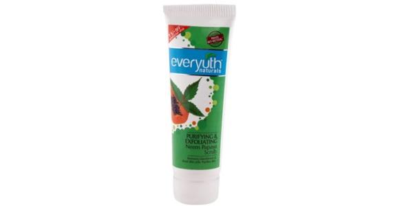 Everyuth Naturals Purifying and Exfoliating Neem Papaya Scrub