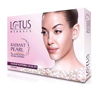 Lotus Herbals Radiant Pearl Facial Kit