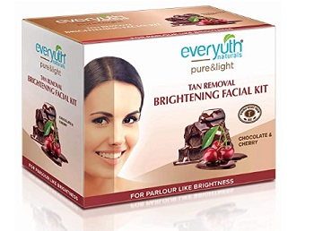 Everyuth Naturals Choco Cherry Tan Removal Brightening Facial Kit