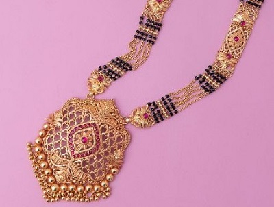 Attractive Gold only mangalsutra Centre pendant