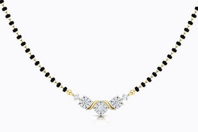 Delicate Solitaire and gold mangalsutra locket pattern